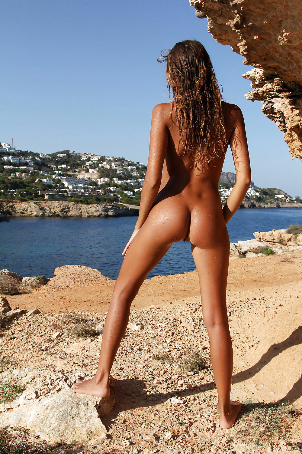 Tight naked butts